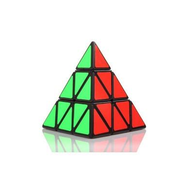 Verseny Rubik Kocka Pyraminx játék
